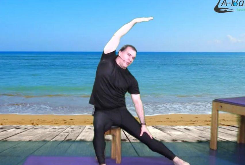 Clase en silla movilidad flexibilidad